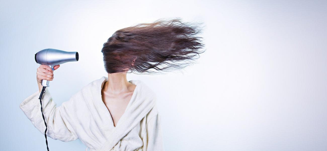 consejos para cabello graso de Olimed cosmetics